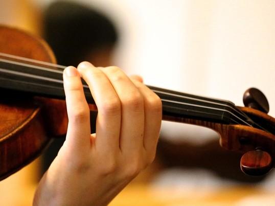 ちょこっとかじりたいバイオリン♪@たまプラーザの画像