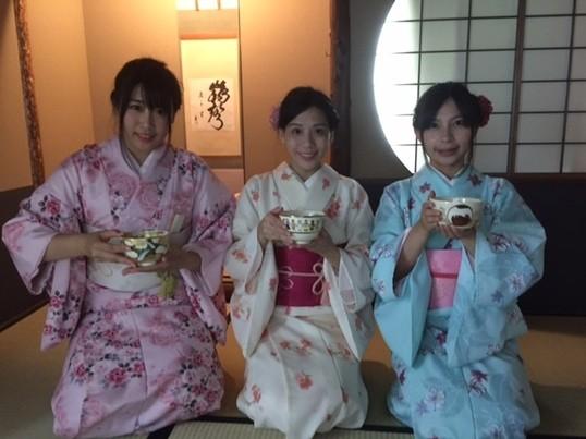 銀座の本格的な茶室で本物の茶道を魅せます!プライベート茶道体験の画像
