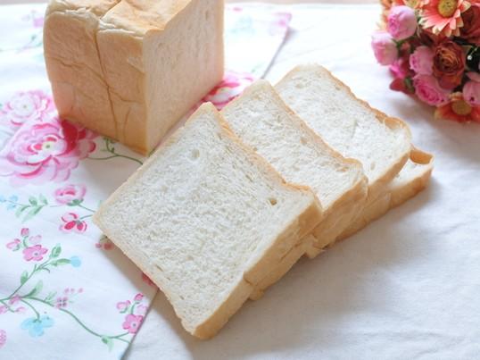 〈基礎から学ぶ〉初心者大歓迎!国産小麦で角食パン♡の画像