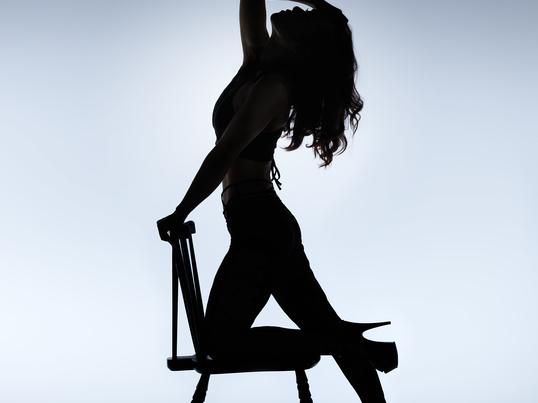 初心者歓迎!キラキラしたショーガールになれる☆セクシーダンス体験の画像