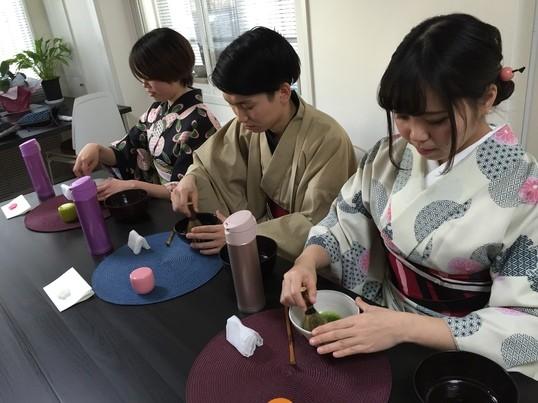 着物レンタル×テーブル茶道体験の画像