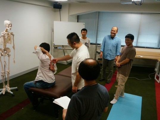 5分で腰痛・肩こり改善!かわもり式セルフ気功整体【銀座教室】の画像