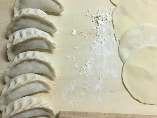 皮から作る餃子3種 ‼️完全マスター❗️と手づくりラー油❗️の画像