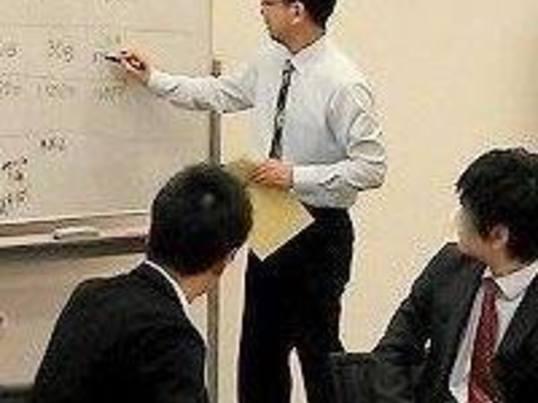 セミナー講師として副業で稼ぐ方法の画像