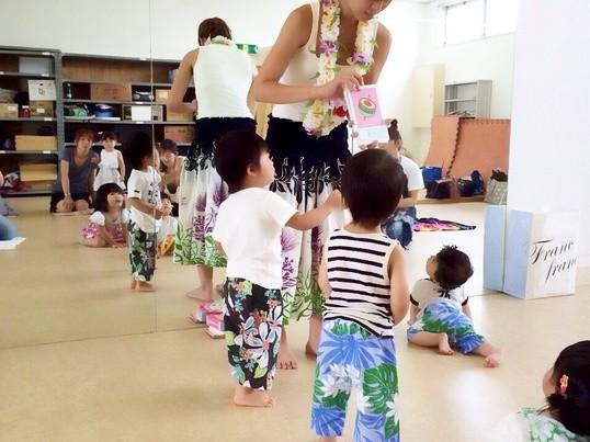 ママと楽しく踊ろう♬ハワイアンリトミック♬堺市の画像