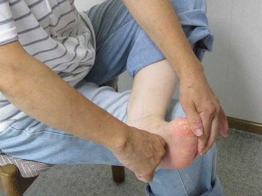リフレクソロジー(足裏マッサージ)の手技をマスターしようの画像