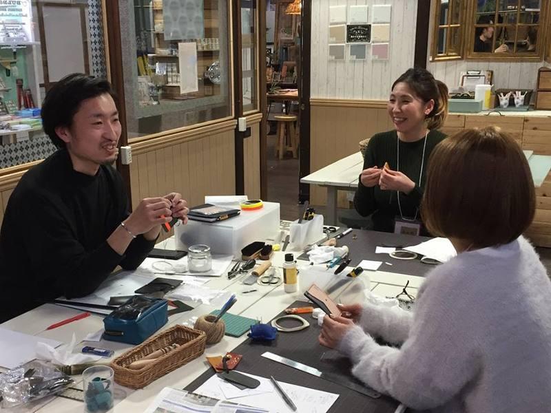スタイリストが教える手縫いレザークラフト~栃木レザーのペンケースの画像