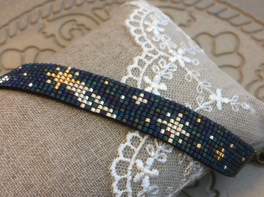 ビーズ織り*流れ星のブレスレットの画像