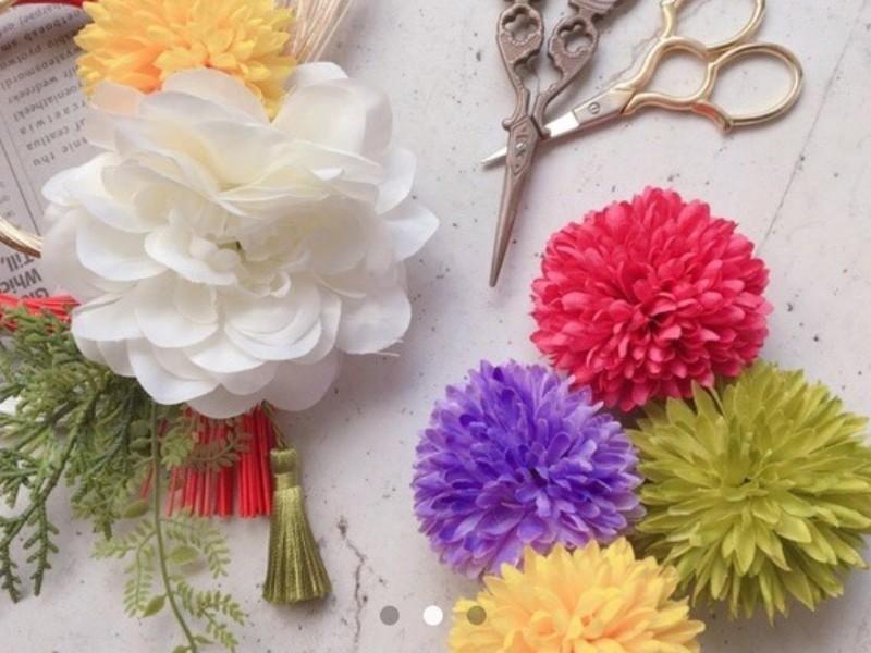 お花を選んで♪越後魚沼しめ縄飾りの画像