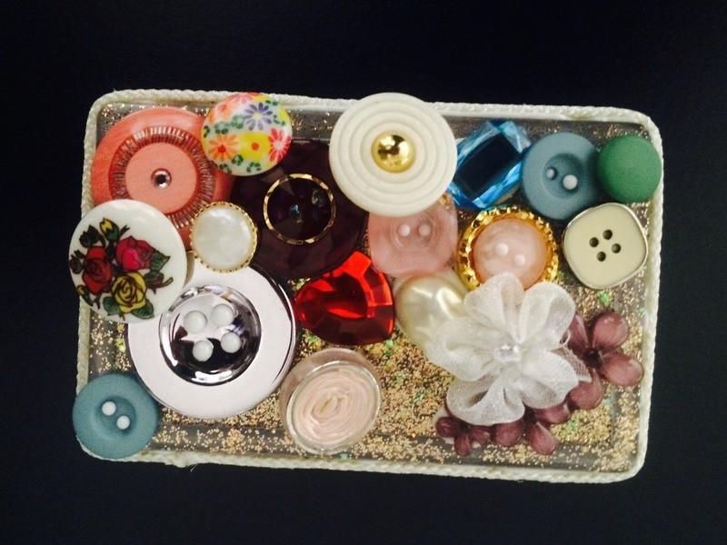 カラフルな心セミナー ~ボタンでココロを描くボタンアートセラピー~の画像