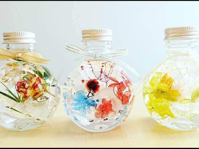 新発売の2WAYエスカルゴ花器に花材選んでハーバリウムを作成!の画像