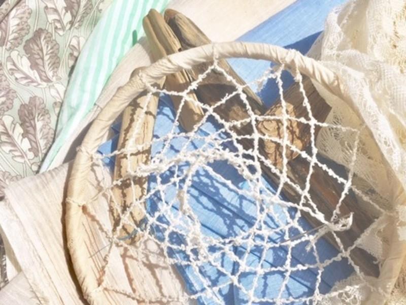 お部屋を爽やかに彩るサマードリームキャッチャーの画像