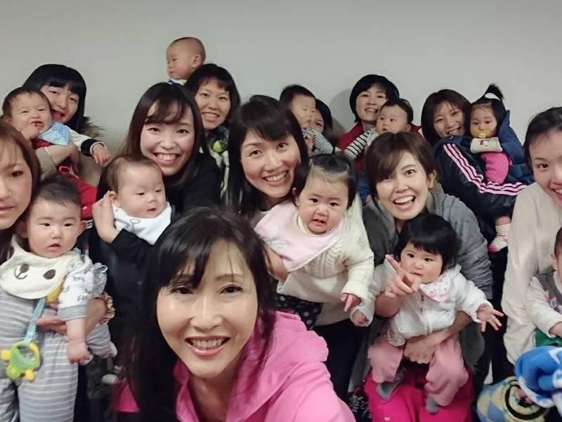 坂開催『親子ヨガ』でママの不調を緩和し親子の絆を深めてママ力をUPの画像
