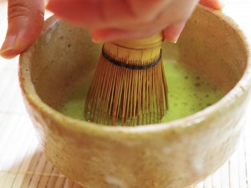 伝統文化に初めて触れるお子さんのためのお抹茶教室の画像