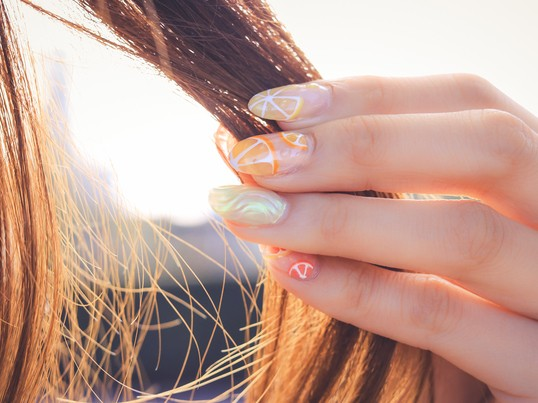 夏のダメージに備えて正しいヘアケア法&すっきりおしゃれ簡単アレンジの画像