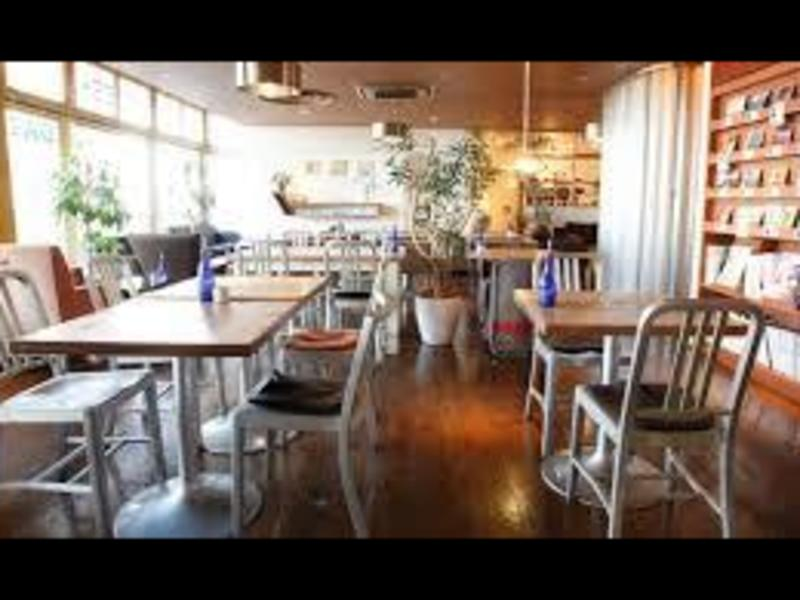 【女性のためのヨガ】おしゃれなカフェ空間で気軽にヨガを始めよう!の画像
