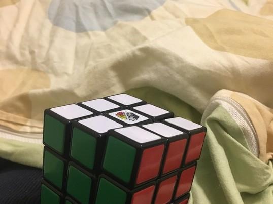 ルービックキューブの解法を初心者でも1分で解けるように!の画像