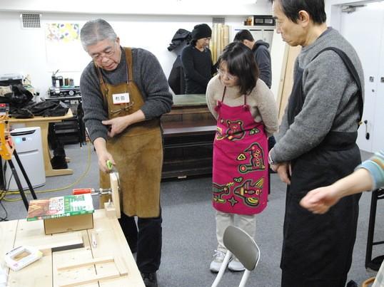 電動工具に頼らずに熟練職人の技術を再現する(本格木工教室)の画像