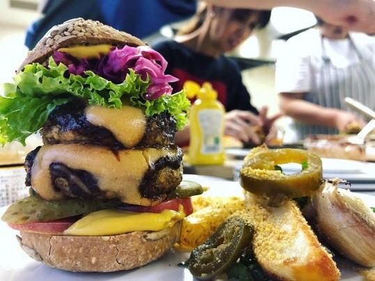 〜ベジジャンク〜 びっくりする程簡単で美味しいベジハンバーガーの画像