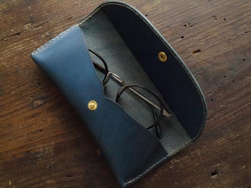 森のクラフトマンゼミ vol.4「牛革眼鏡ケース」の画像