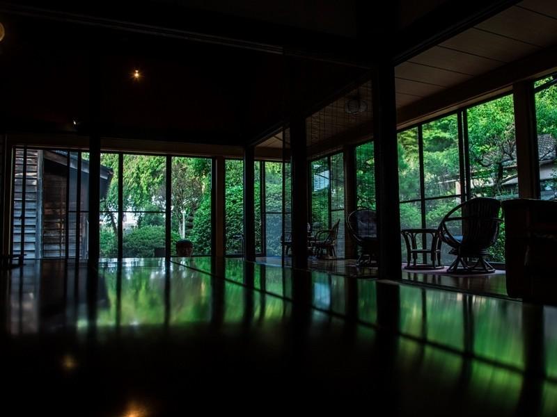 お寺と坂の町で紅葉撮影教室in長久寺の画像