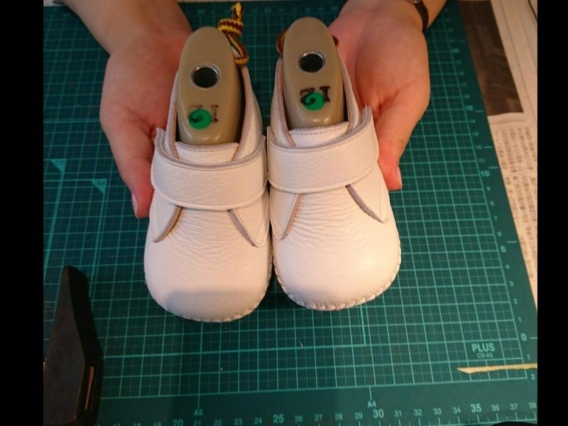 手縫いのベビーシューズが3時間で学べる講座! (当日持ち帰れます)の画像