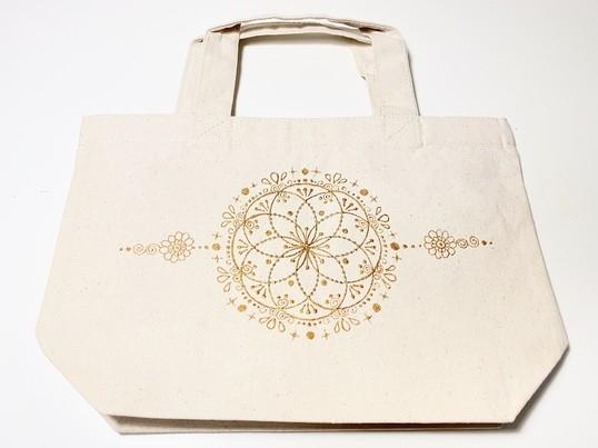 曼荼羅アイテムを自分で作る!布に描く楽描き曼荼羅アート講座の画像