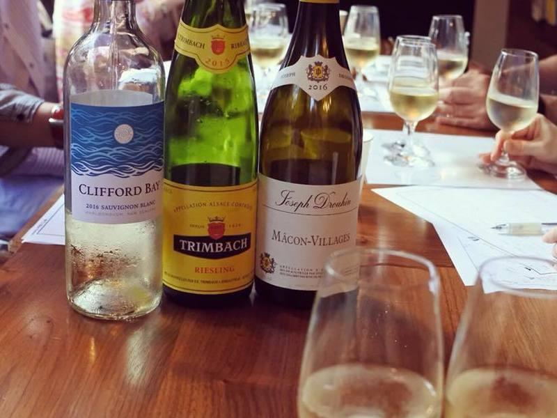 初心者のための白ワイン基本講座★品種や産地、美味しい飲み方を学ぼうの画像