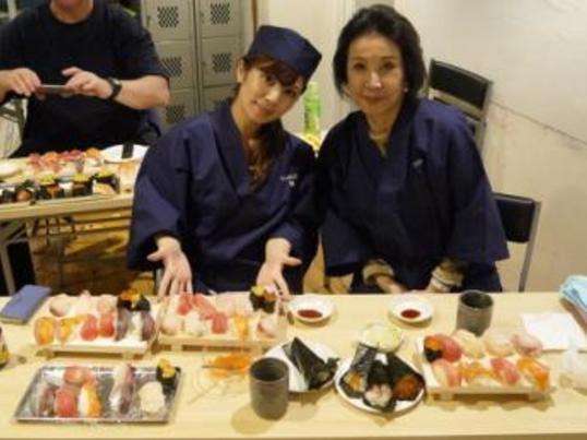 築地・寿司握り体験!築地老舗仲買の厳選魚介類を利用します。の画像