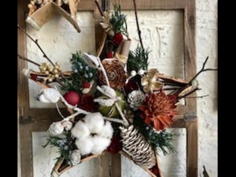 X'mas 白樺の皮と木の実で創る星形リースの画像