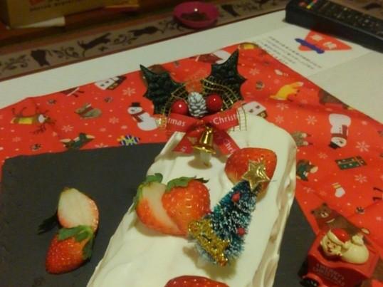 クリスマス☆ブッシュドノエル(ロールケーキ)教室の画像