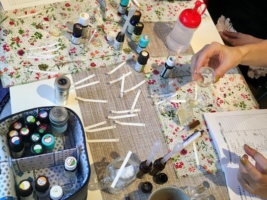 世界にひとつだけのアロマ香水作りレッスンの画像