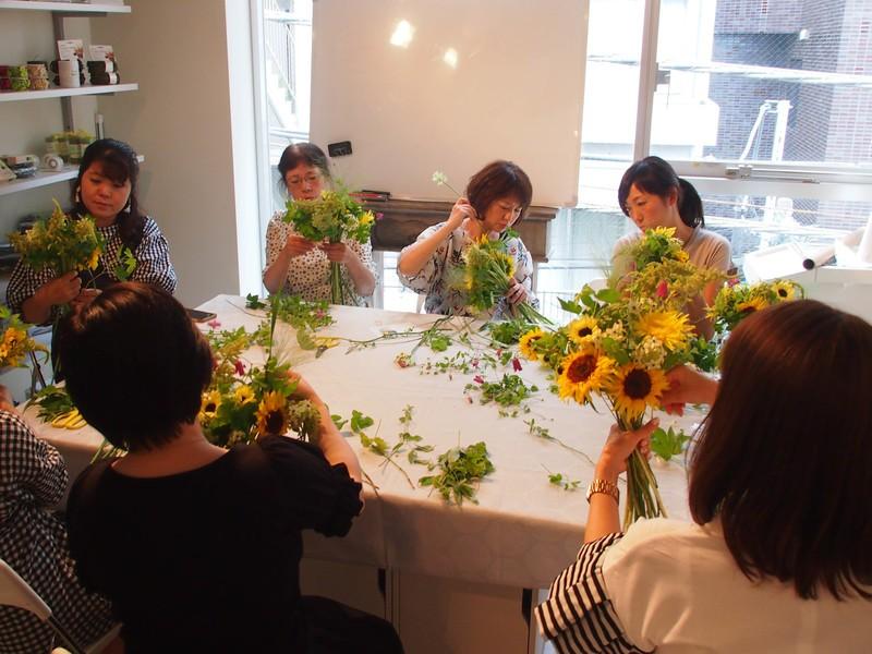 【旬のお花を楽しむ】ブーケやアレンジメントのレッスン【初心者向け】の画像