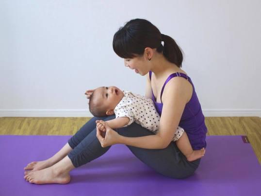 完全予約制)親子のスキンシップ!ママと赤ちゃんのためのヨガクラス♪の画像
