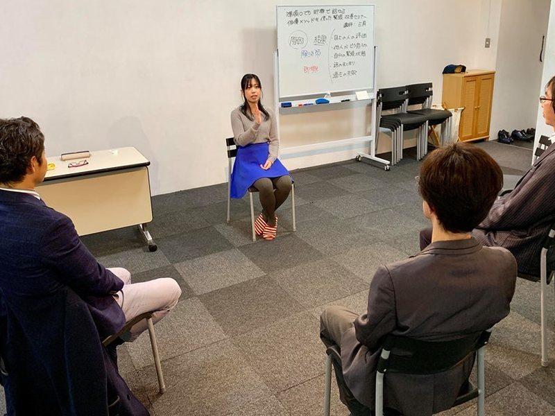 人前で準備ゼロでも話ができる!即興で会話するビジネスパフォーマンスの画像