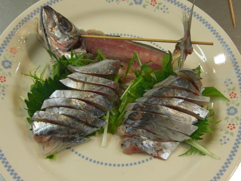 ◆魚の捌き方講座 アジを3匹捌く 下処理 三枚おろし 刺身の切り方の画像