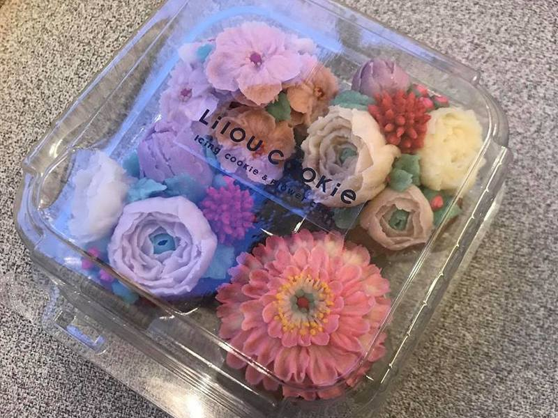 PINK♡PINK♡PINKフラワーカップケーキのデコレーションの画像