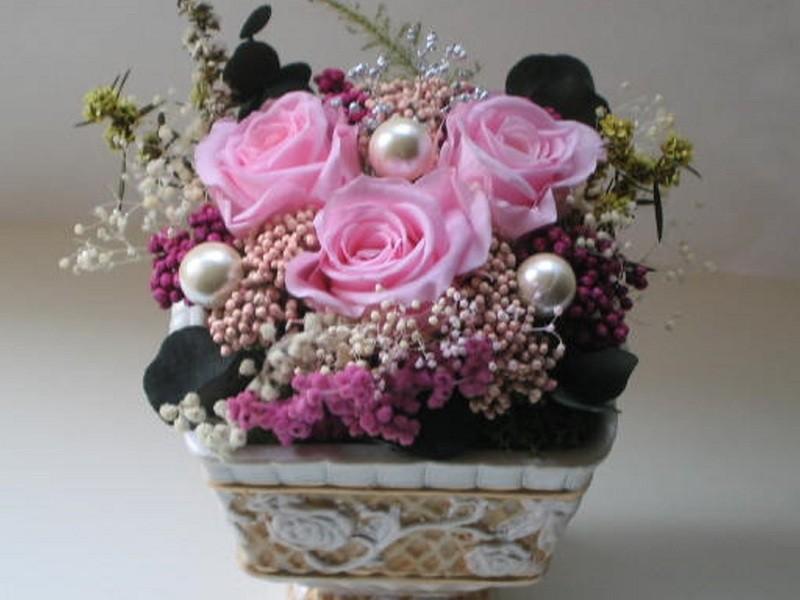 お花と色で心を癒す*プリザーブドフラワーセラピーアレンジメント体験の画像