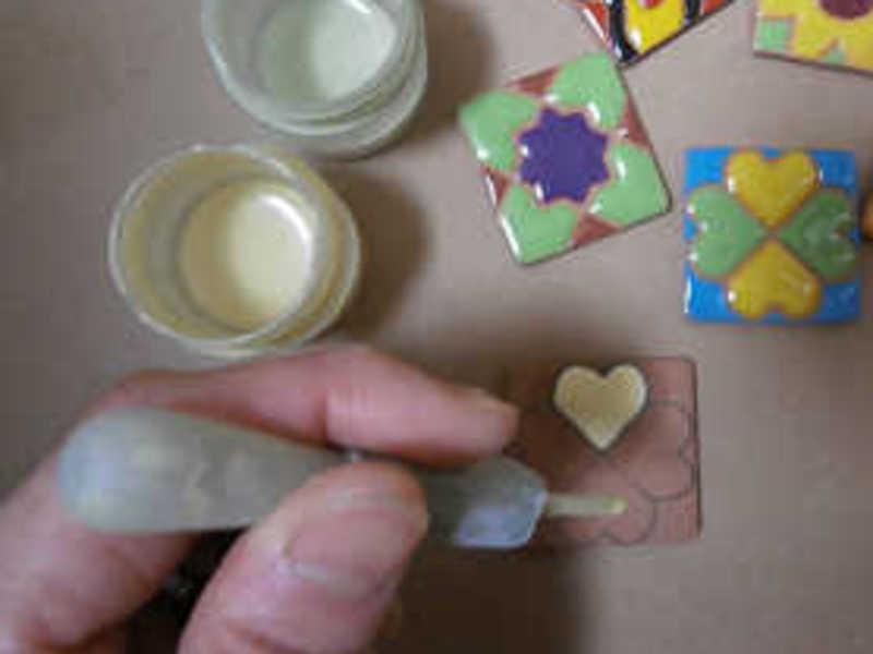 スペイン陶芸絵付け☆でトルコの伝統柄チューリップに挑戦!の画像