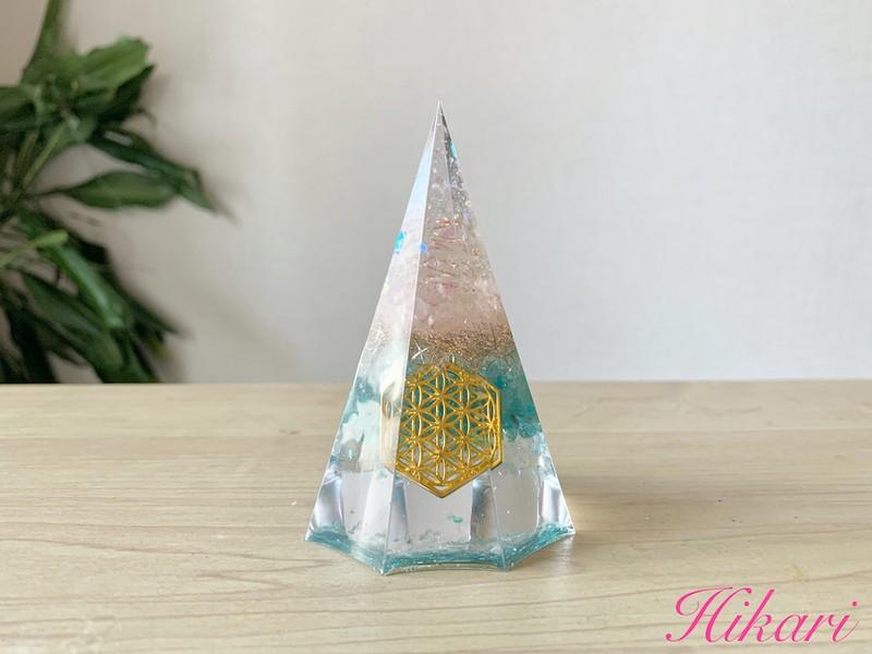 八方向から幸運を引き寄せる八角型オルゴナイトの画像