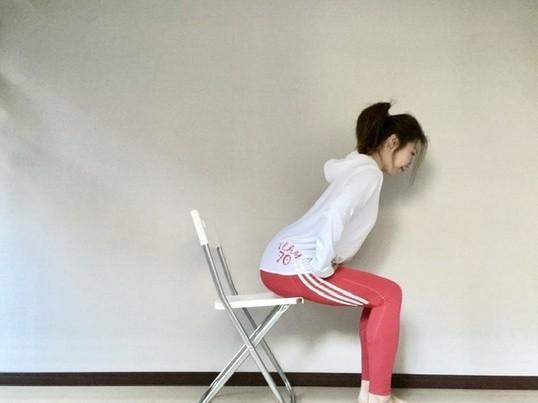 オンラインチェア(椅子)ヨガで、活力ある心と身体を手に入れましょうの画像