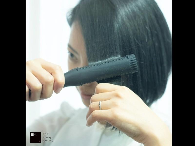 『クセ毛をツヤ髪にまとめるたった3つのコツ』ストレートアイロン講座の画像
