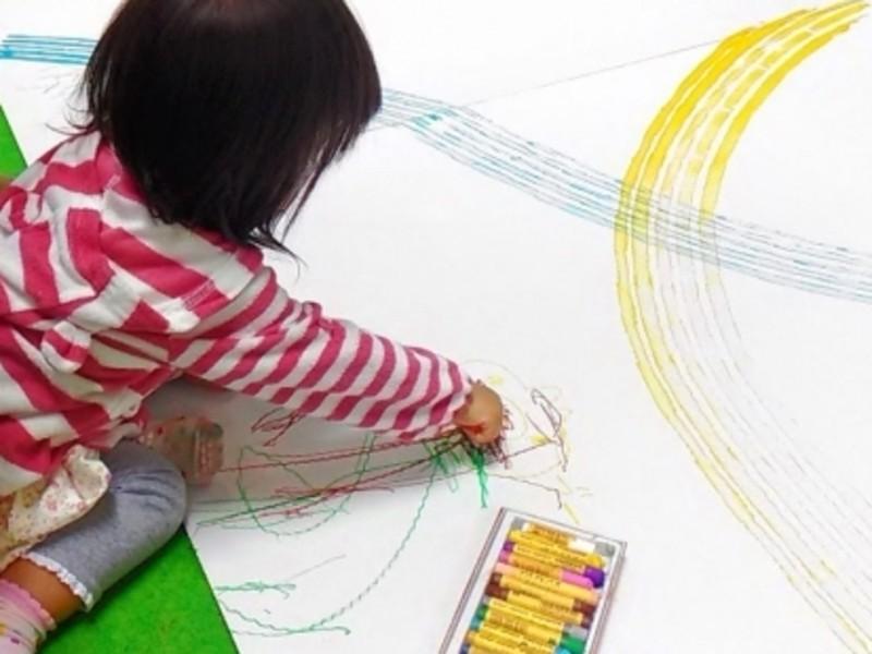 とにかく楽しんで描く!大人も子どもも一緒に絵画☆の画像