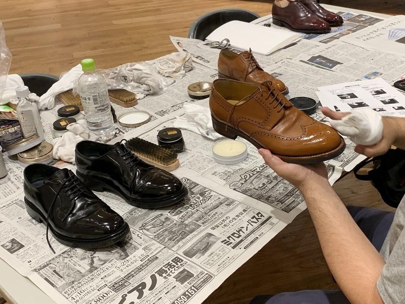お洒落な靴磨きワークショップの画像