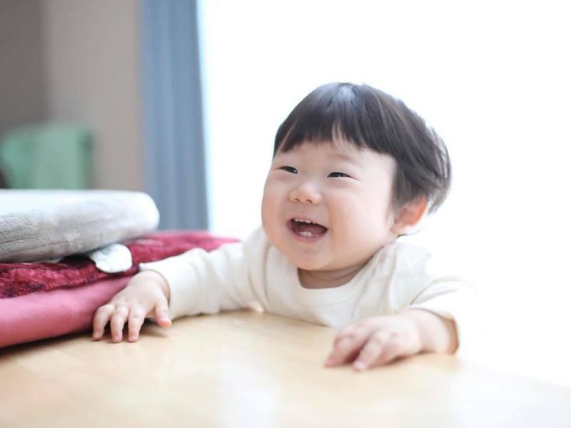 【大阪】「イイね!」が集まる子ども写真。誰でも可愛く撮れる!室内編の画像