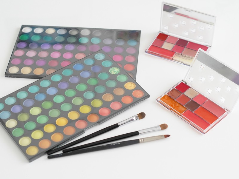 新しい一歩を踏み出すためのあなたを魅せる色を知るパーソナルカラーの画像