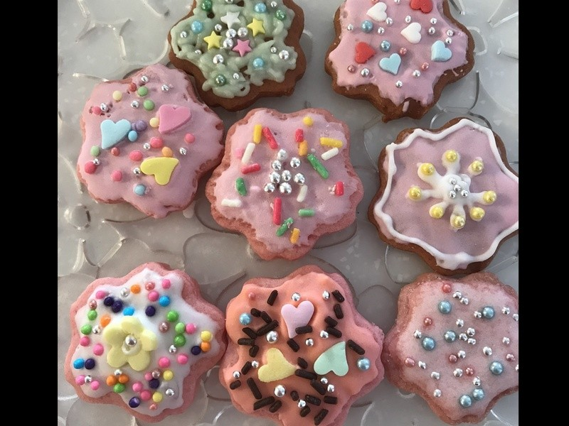 親子で作るアイシングクッキー!こねて!抜いて!焼いて!塗って!飾るの画像