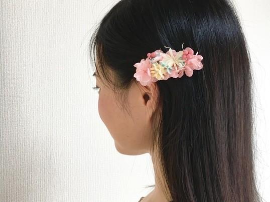 お花のアクセサリー、作ってみませんか?の画像