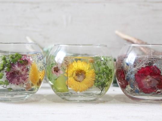 お花をたっぷり使用したフラワーキャンドルホルダー作り♪の画像