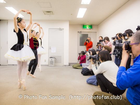 ステージ撮影講座☆コロコロ変わる照明でチームダンスを撮る方法の画像